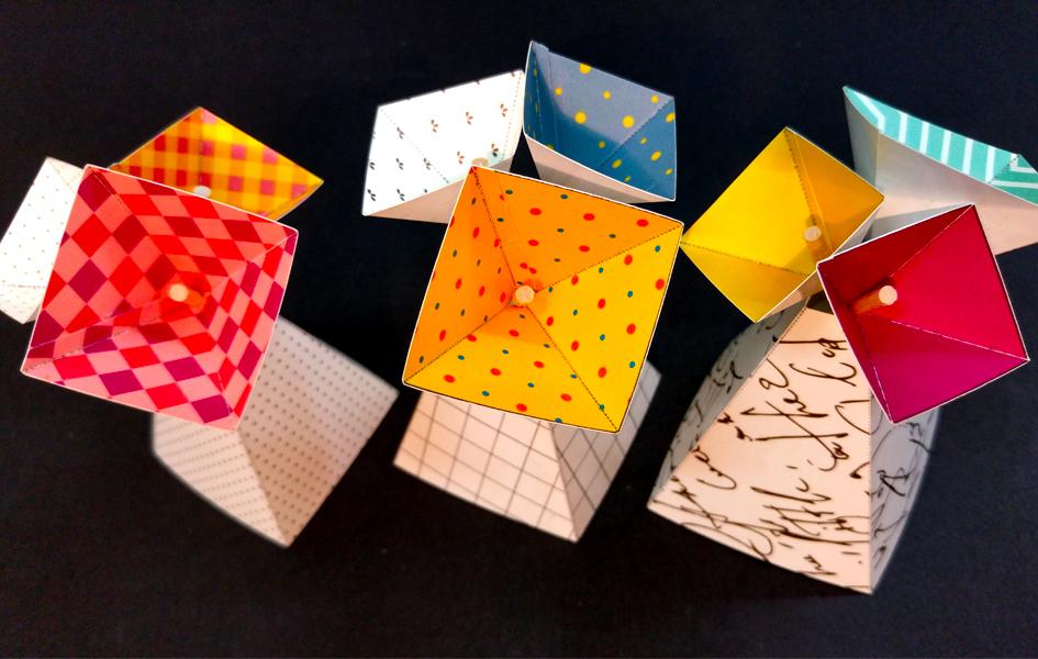 onscribbling | פרינטבלס אגרטלי ופרחי פירמידה לעיצוב שולחן החג